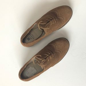 White Mountain Tie-up Brown Suede Shoes w/ Heel